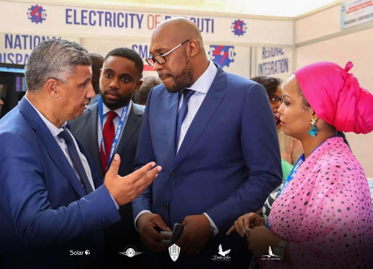 Djibouti Tommy Tayoro Nyckoss lors des foires d'énergie
